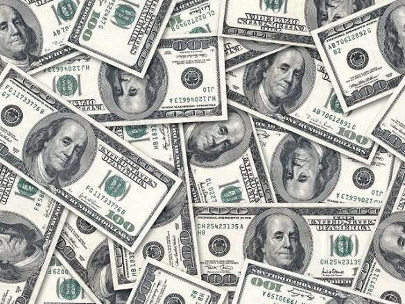 231806-Dollars-1313389455-280-640x480