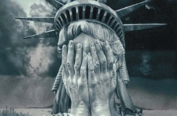 American-statue-of-liberty-crying-610x400